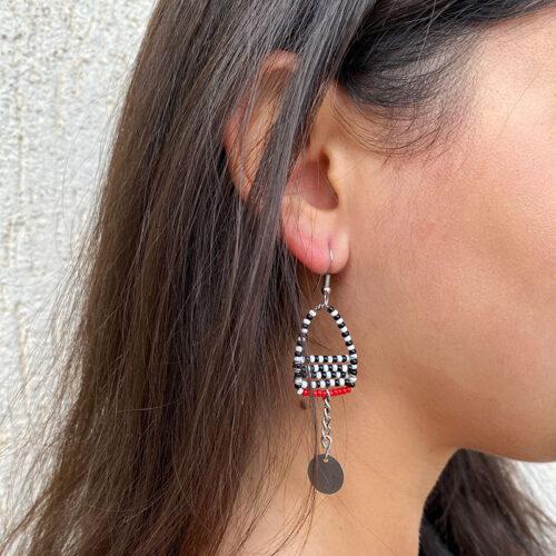 Amali-Earrings_Model02