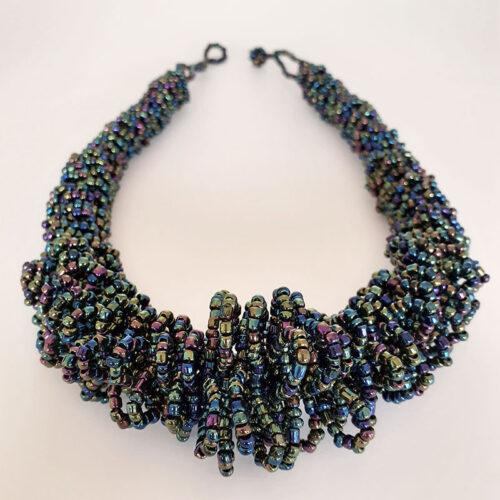Amana-Necklace-Chameleon01