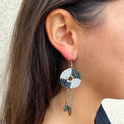 Kesi-Earrings-White-Chameleon_Model02