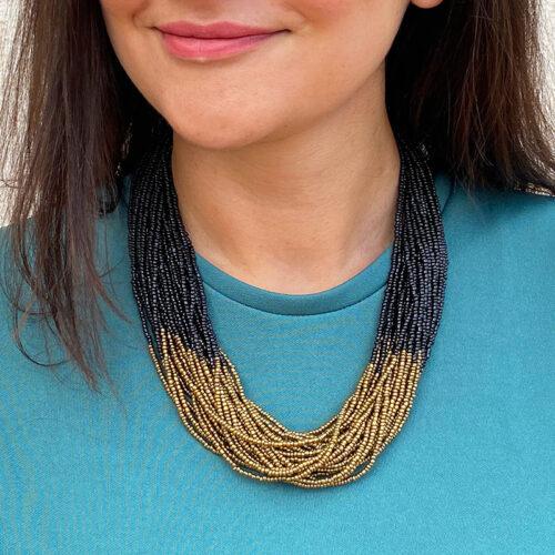 Lakicia-Necklace-Black-Golden_Model02